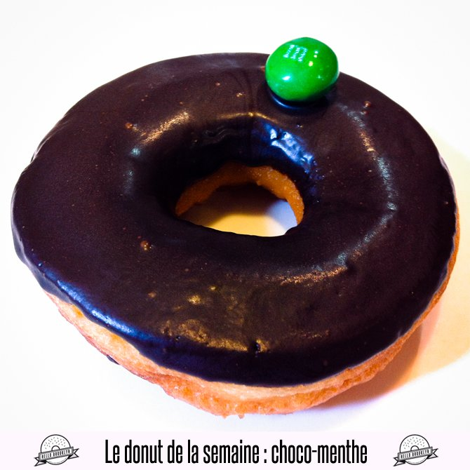 doughnut chocolate mint